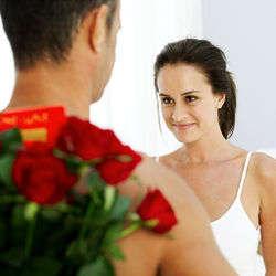 Wie man Eifersucht von einer Beziehung entfernt