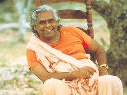 250px-Swami-Vishnu-devananda155.jpg?width=200